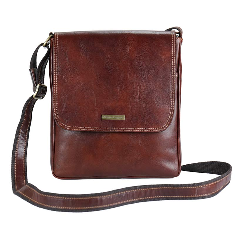 CARLO-Men's handmade genuine leather shoulder bag with zip and flap closure    Venice Leather